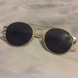 FREE Pair of Sunglasses With Purchase!